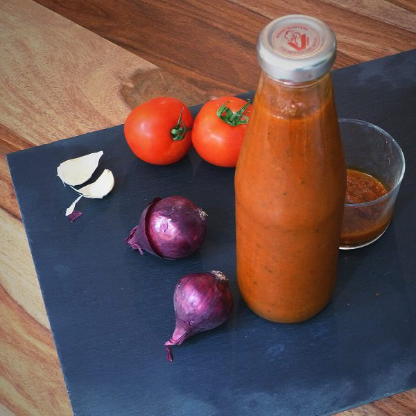 Homemade Ketchup. Bye-bye processed food!