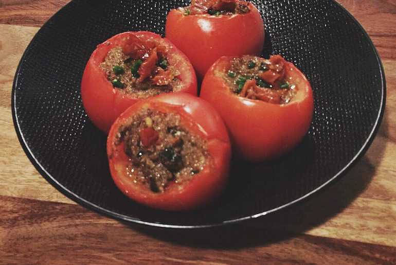 stuffed tomatoes with mushrooms