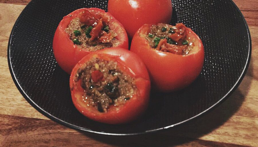 Stuffed Tomatoes with Mushrooms & Dried Tomatoes filling. Vegan.